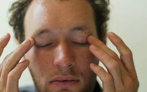 how to reduce eye strain and promote optimal vision 10